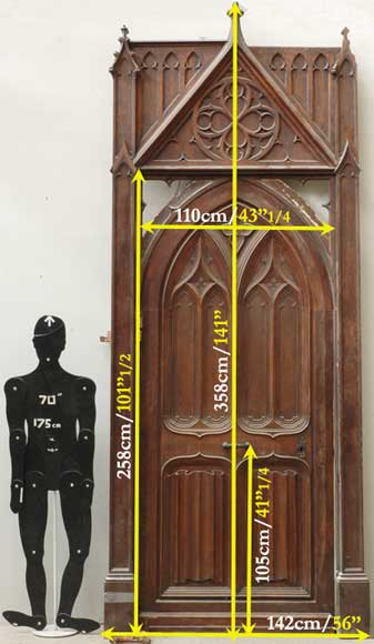 Neo-Gothic oak and walnut door -16
