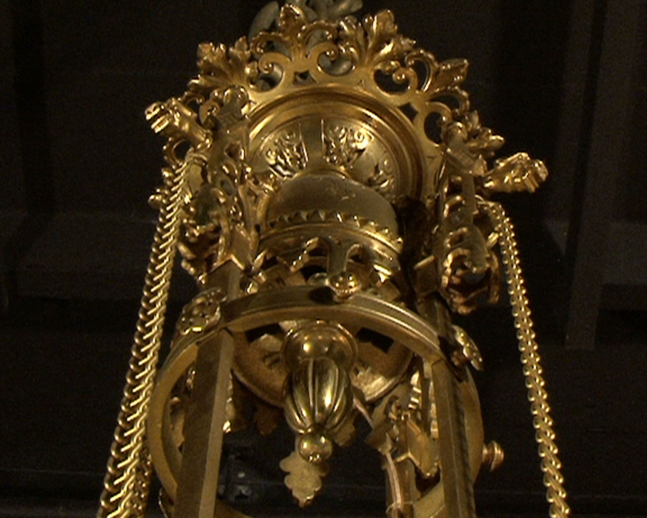 Bronze gilded suspension with glass gemstones. Napoleon III period.-1