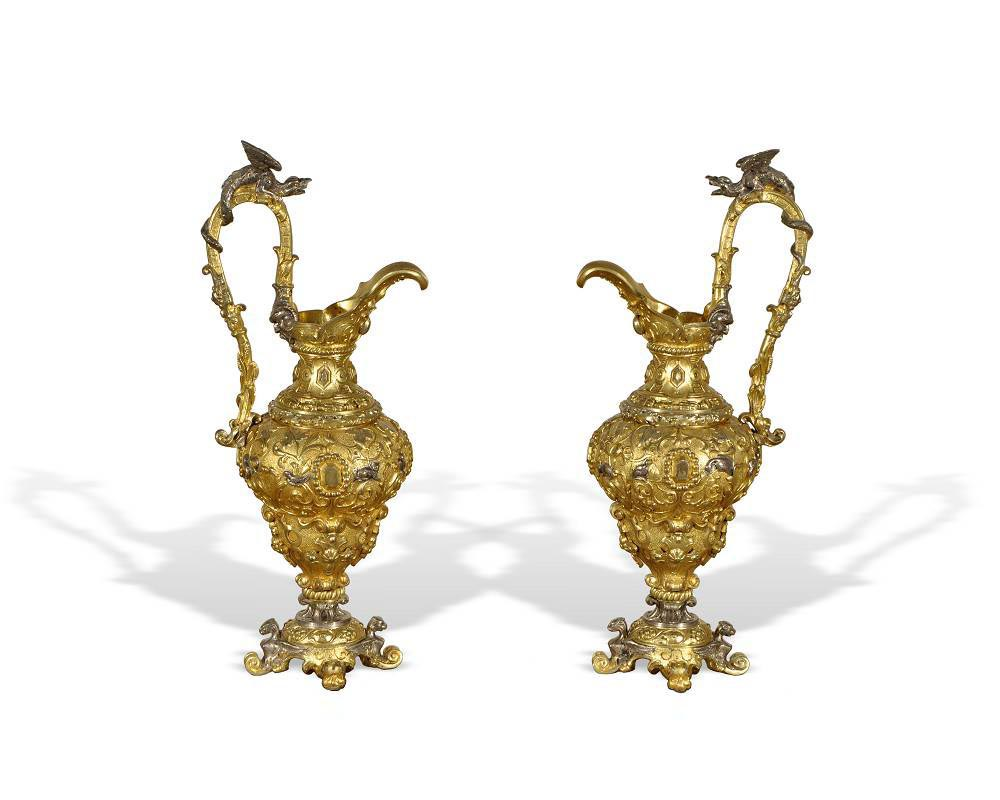 Dragons ewers in gilded and silvered bronze. -0