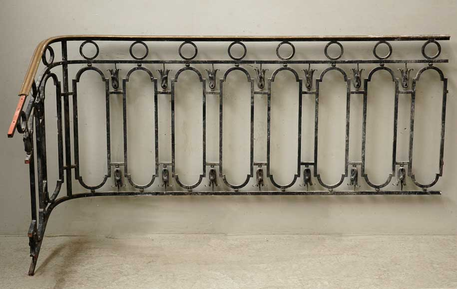 Cast iron banister with brass hand rail-5
