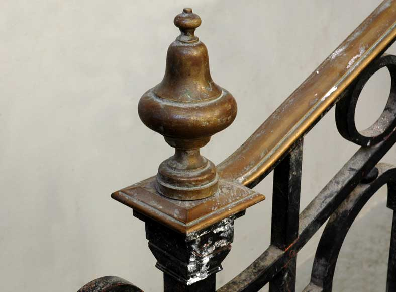Cast iron banister with brass hand rail-11
