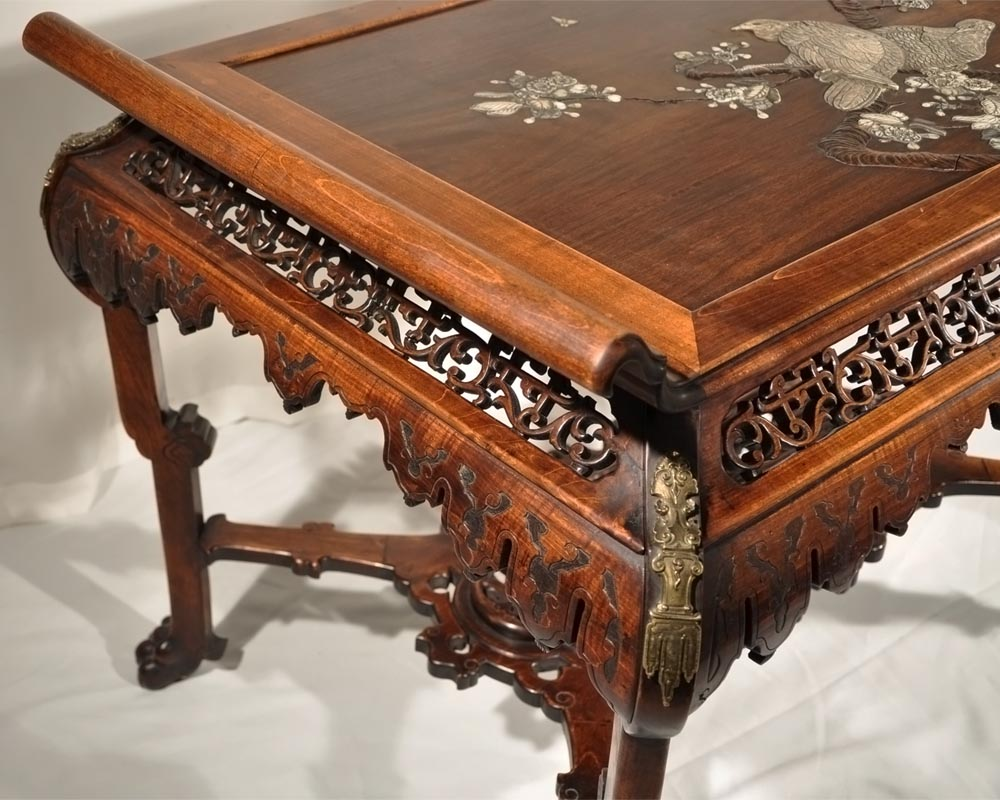 Japanese-style table with partridge-5