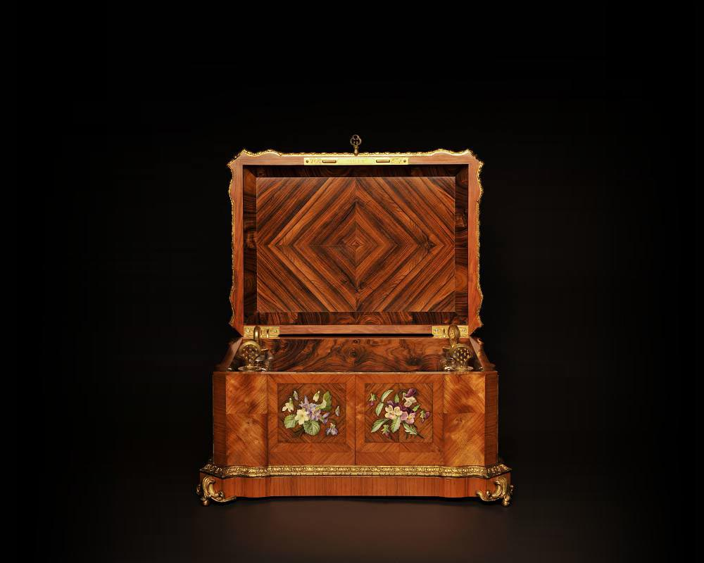 Maison TAHAN and Julien-Nicolas RIVART (1802-1867) - Perfume box decorated  with porcelain marquetry-1