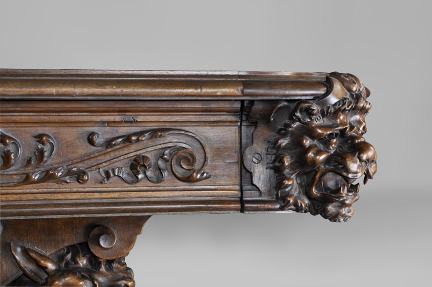 Beautiful antique Neo-Renaissance style walnut carved table with lions and mythical animals-5