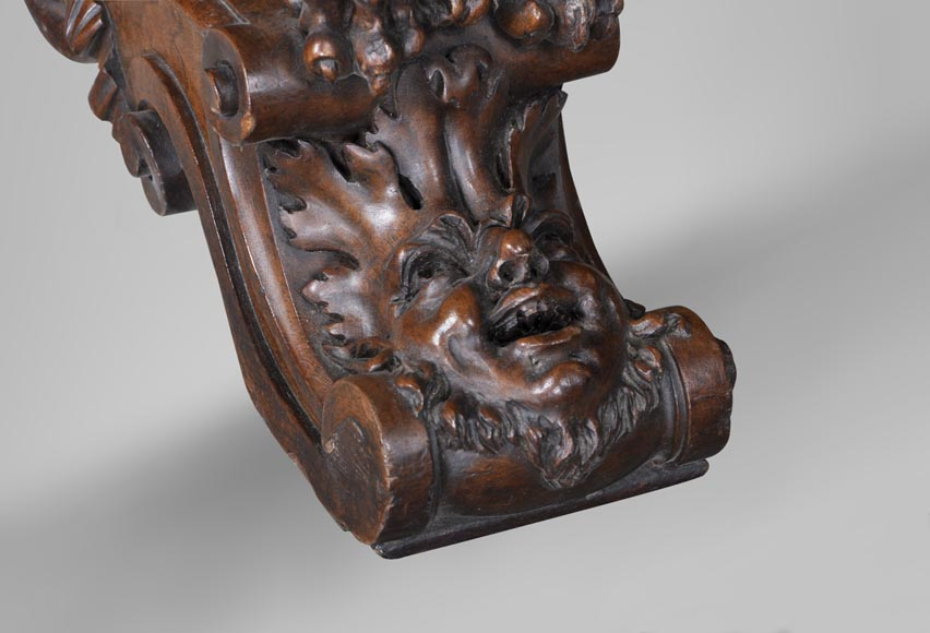 Beautiful antique Neo-Renaissance style walnut carved table with lions and mythical animals-7