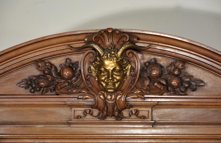 Eugène Frager, Meynard Manufacture (cabinetmaker), Ferdinand Barbedienne (bronze manufacturer), Louis-Constant Sevin (ornemanist) - Exceptional Neo-Renaissance style dining room set made out of carved walnut-13