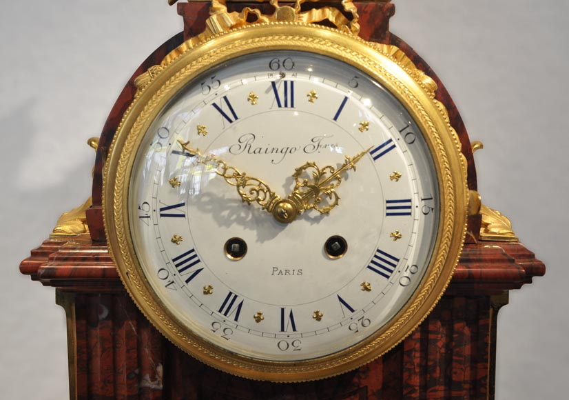 RAINGO FRERES - Louis XVI style clock made out of Red Griotte marble and gilded bronze-1