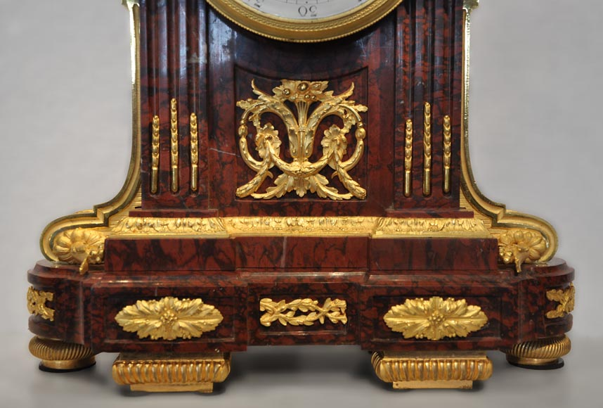 RAINGO FRERES - Louis XVI style clock made out of Red Griotte marble and gilded bronze-3