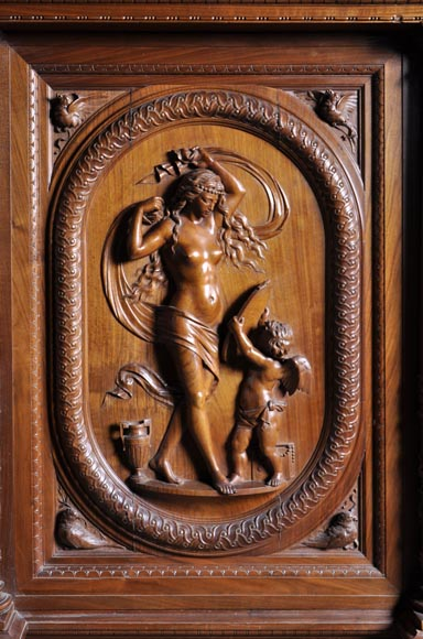 Egisto GAJANI - Very beautiful Neo-Renaissance style carved walnut wood piece of furniture dated from 1876-2