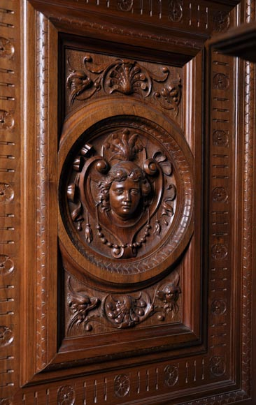 Egisto GAJANI - Very beautiful Neo-Renaissance style carved walnut wood piece of furniture dated from 1876-8