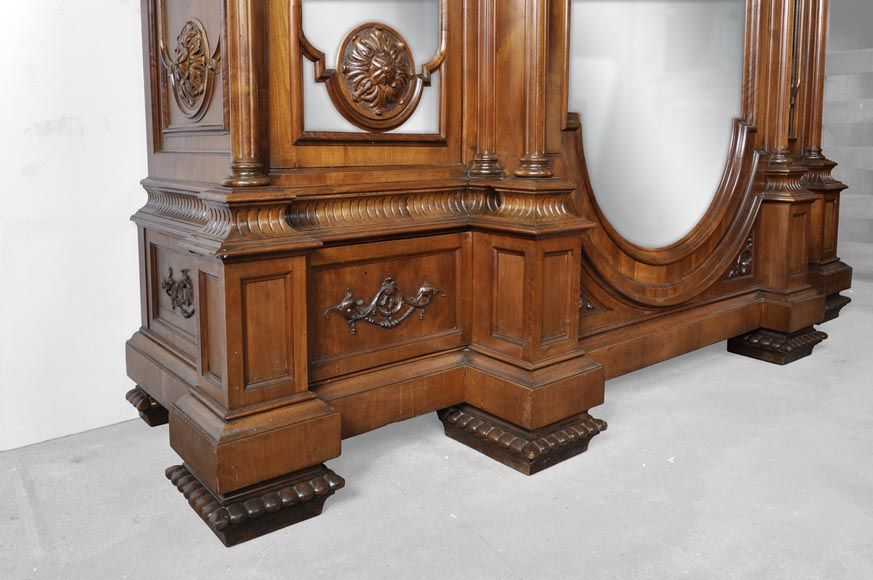 Neo-Renaissance italian bedroom set in walnut-16