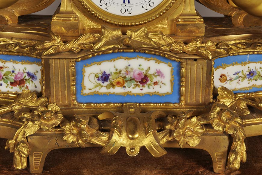 MIROY Frères - Beautiful antique clock with musicians putti -4