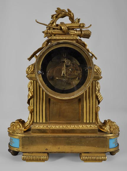 "RAINGO FRÈRES (Paris, 1813), Clock with ""bleu céleste"" porcelain plate, Louis XVI style-7"