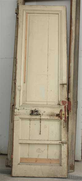 A pair of wooden monumental doors. -6