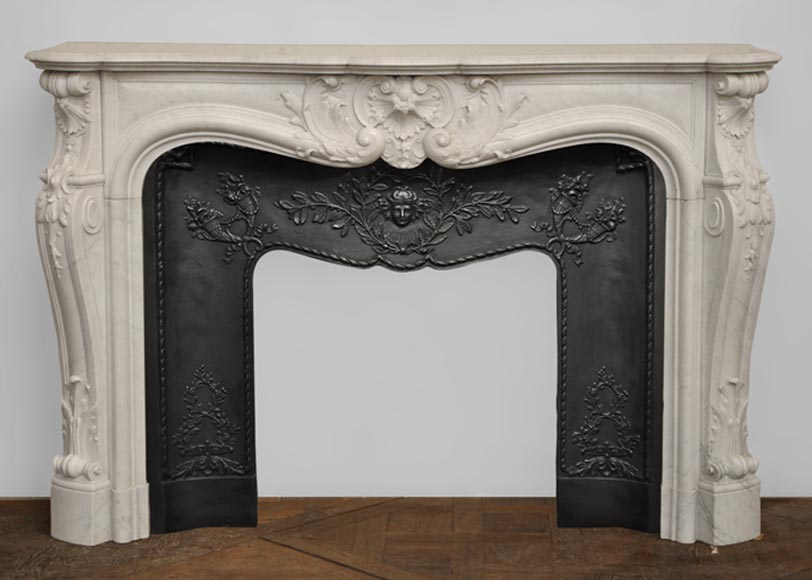 Antique Louis XV style mantel in Carrara marble - Reference 2039