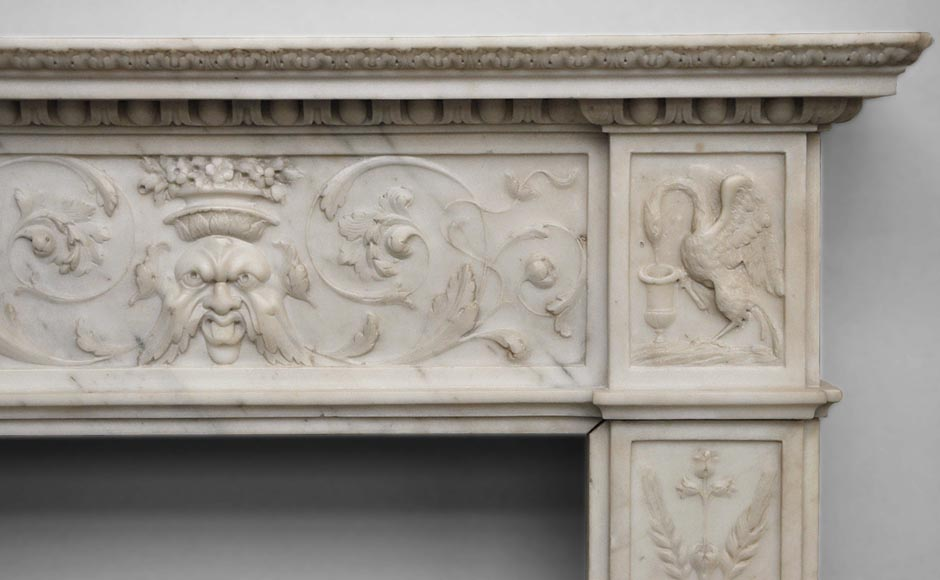 Exceptionnal antique Statuary Carrara marble fireplace decorated with grotesques-9