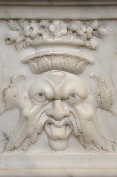 Exceptionnal antique Statuary Carrara marble fireplace decorated with grotesques-10