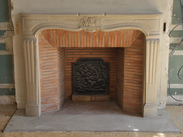 Louis XV style stone fireplace from the 1950's - Reference 2234