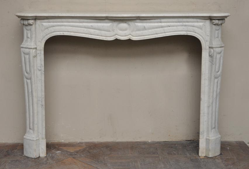 Large antique Louis XV style fireplace, Pompadour model, in Carrara marble - Reference 2262