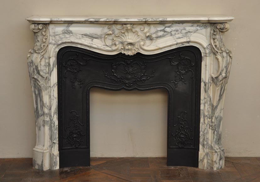 Beautiful antique Louis XV style fireplace in Arabescato marble - Reference 2298