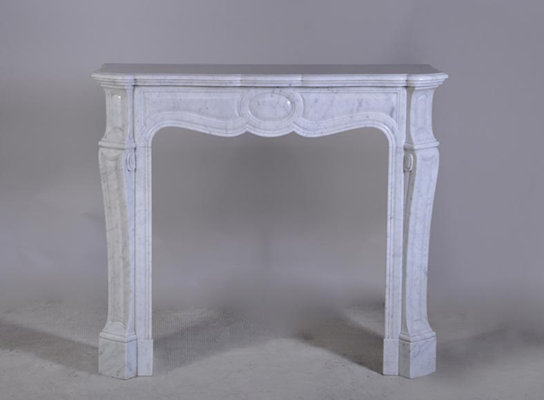 Small Louis XV style mantel in veined White marble - Pompadour model - Reference 2330