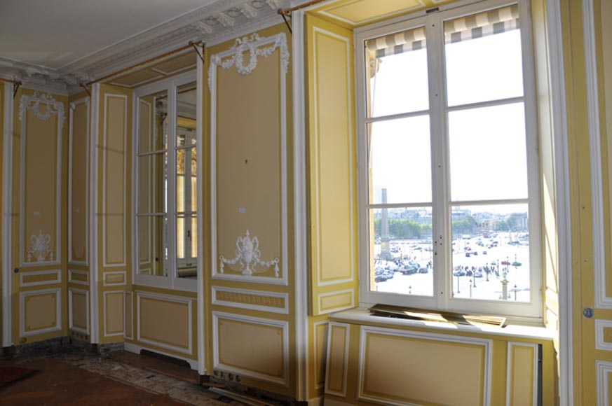 Very beautiful antique Louis XVI style paneled room coming from the Hotel de Crillon, Paris-0