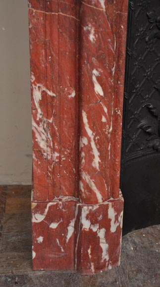 Antique Louis XIV style fireplace in a beautiful Red of Languedoc marble-4