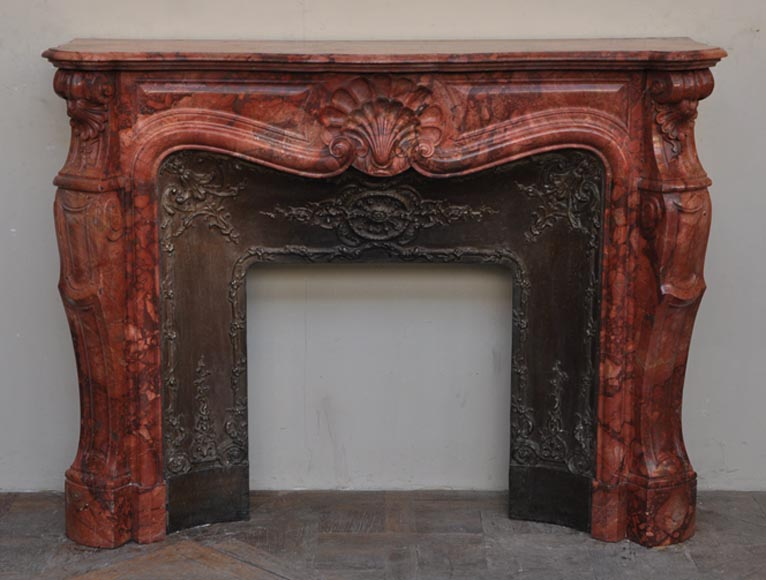 Beautiful antique Louis XV style fireplace in an extraordinary algerian Breche Sanguine - Reference 2409