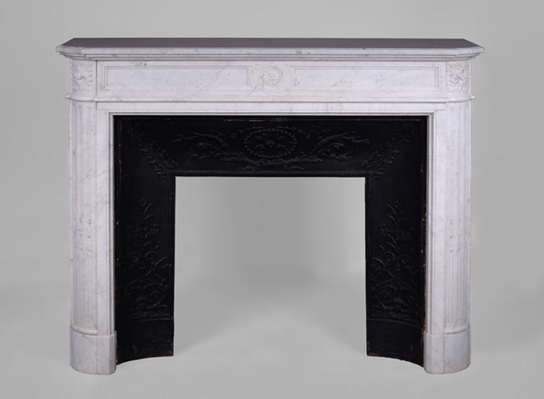 Antique Louis XVI style fireplace with rounded corners and sunflowers in white Carrara marble - Reference 2425