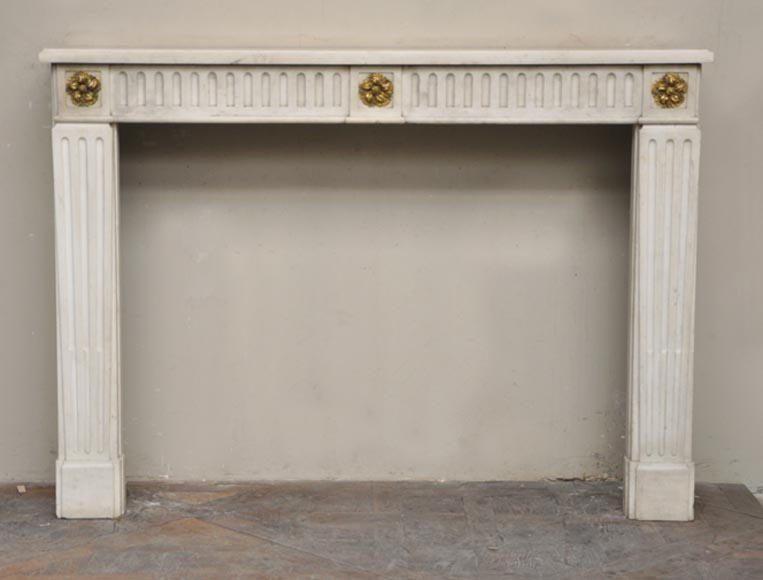 Antique Louis XVI period fireplace in white Sivex marble and gilded bronze-0