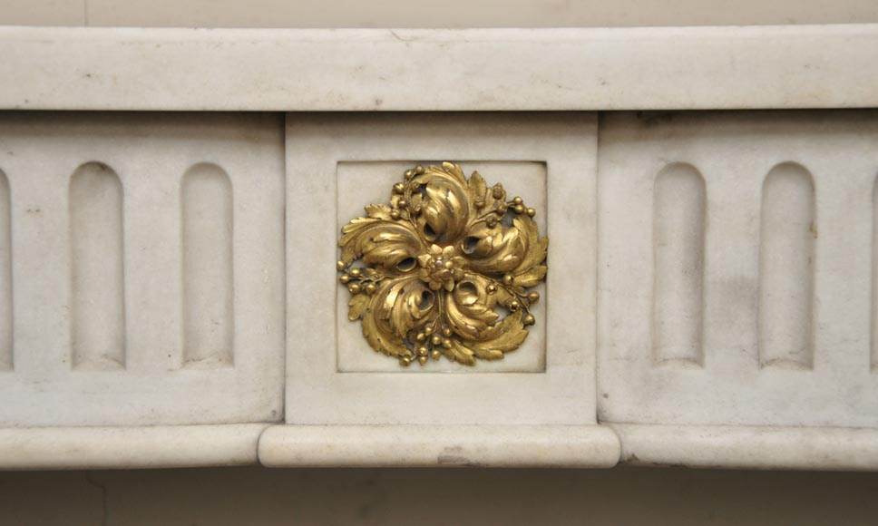 Antique Louis XVI period fireplace in white Sivex marble and gilded bronze-1