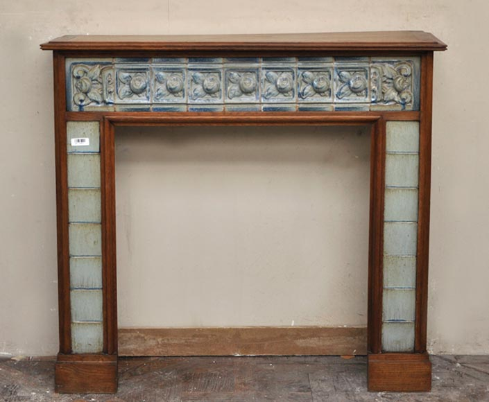 Rare antique oak wood fireplace with ceramic decoration from the Art Nouveau period - Reference 2484