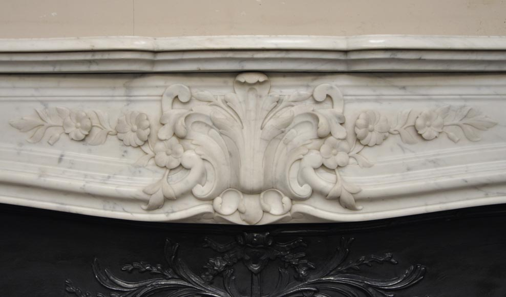 Beautiful antique Regence style fireplace with foliated decor in white Carrara marble-1