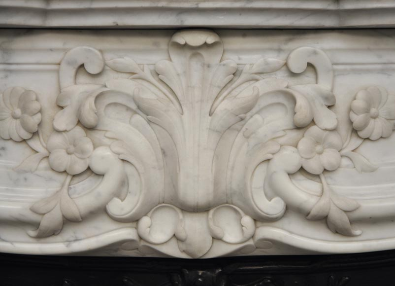 Beautiful antique Regence style fireplace with foliated decor in white Carrara marble-2