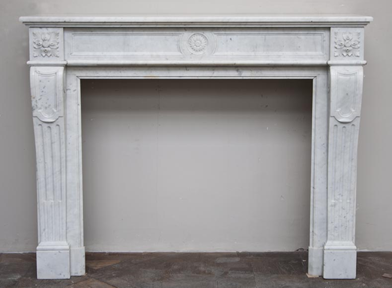 antique louis xvi style fireplace made out carrara marble with sunflower medallion marble. Black Bedroom Furniture Sets. Home Design Ideas