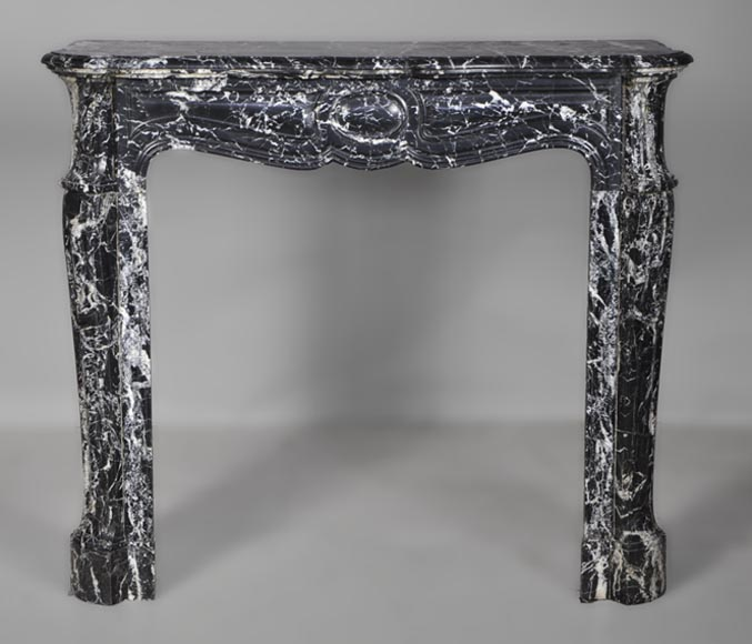 Antique Louis XV style Pompadour fireplace made out of Black Marquina marble - Reference 2637