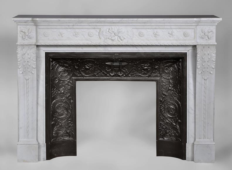 Very beautiful antique Louis XVI style fireplace with realistics flowers decor sculpted in white Carrara marble-0