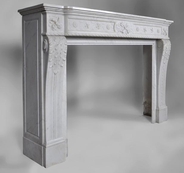 Very beautiful antique Louis XVI style fireplace with realistics flowers decor sculpted in white Carrara marble-4