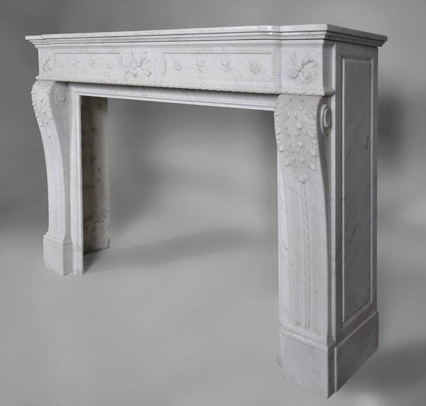 Very beautiful antique Louis XVI style fireplace with realistics flowers decor sculpted in white Carrara marble-8