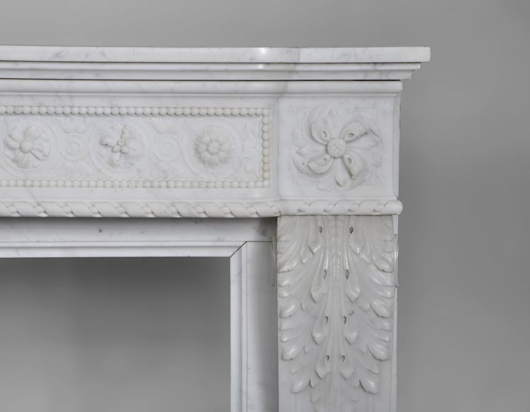 Very beautiful antique Louis XVI style fireplace with realistics flowers decor sculpted in white Carrara marble-9