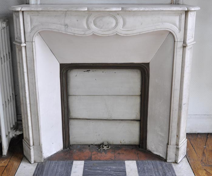 Antique Pompadour style fireplace made out of White Carrara marble - Reference 2666