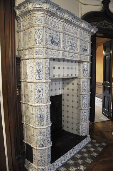 Large antique stove with bleu decor enamels on white background-11