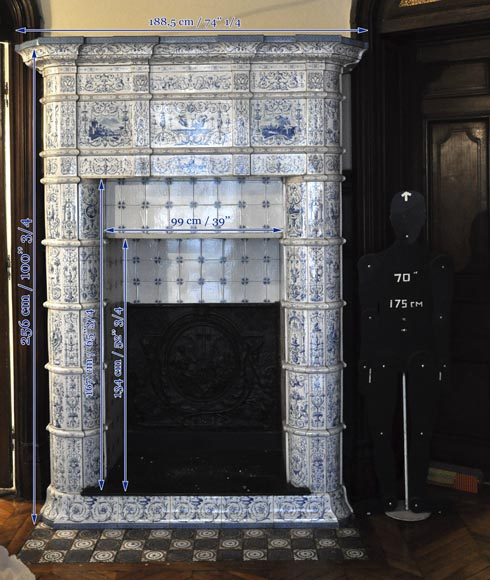 Large antique stove with bleu decor enamels on white background-18