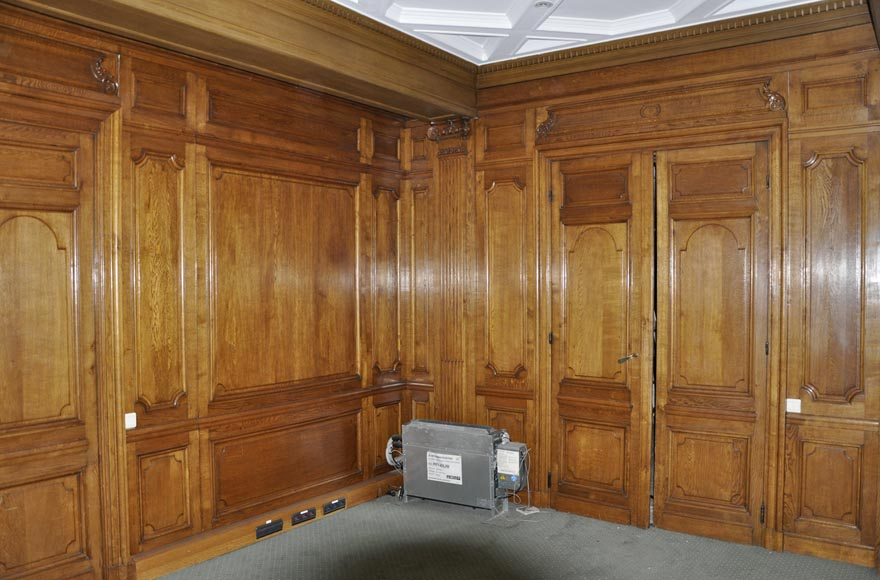 Oak Paneled Rooms : Antique oak wood paneled room from the th century
