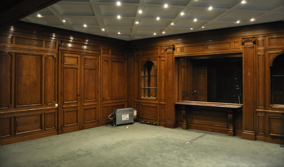 Antique oak wood paneled room from the 19th century - Reference 2722