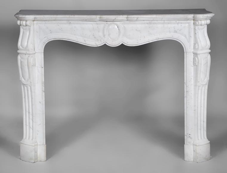 Antique Louis XV style fireplace, Pompadour model, made out of white Carrara marble - Reference 2728