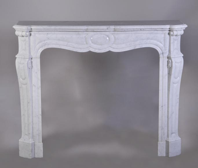 Antique Pompadour mantel in white marble - Reference 2762