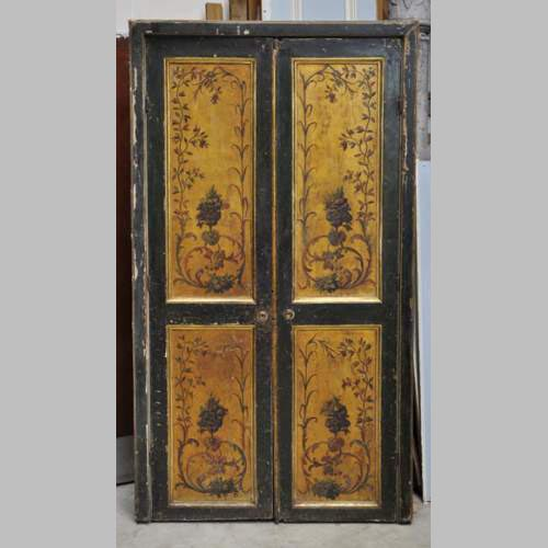 Double door with frame with putti and flowers decor on gold painting  background - Interior Decoration - Doors