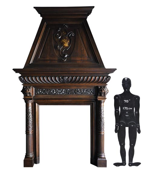 Monumental antique Neo-Renaissance style fireplace made out of carved walnut with hood - Reference 2892