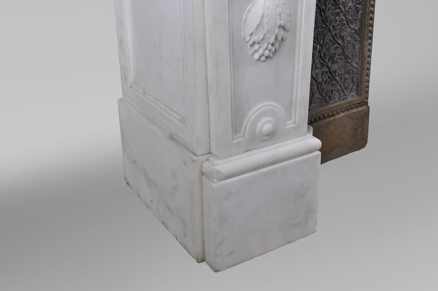Exceptional antique Louis XVI style fireplace in Statuary marble after the fireplace from the Petit Trianon in the Versailles Palace-8